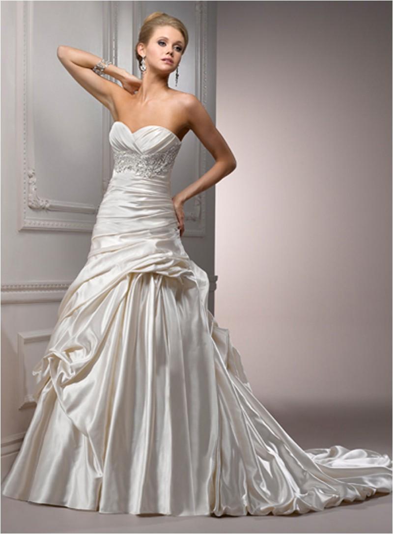 Wedding Gowns Sample Sale   Maggie Sottero, Casablanca & Jasmine ...